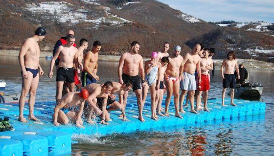 Пливали за Богајављенски крст 2018. године
