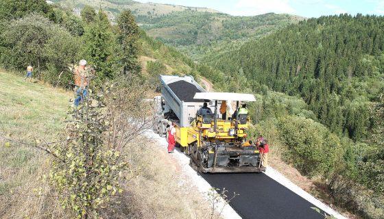 Конкурс за асфалтирање  11 деоница  у осам села  (Фото Д. Гагричић)