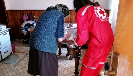 Волонтери нововарошког Црвеног крста стижу до најугроженијих суграђана