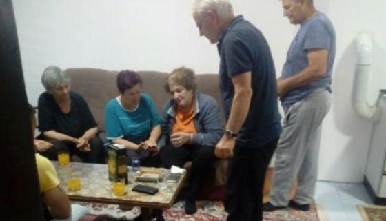 Kоса Томашевић након месец дана поново са породицом, фото: Рина