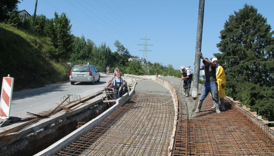 Кампаде – арматура и бетон за шири коловоз и пешачку стазу (Фото Д. Гагричић)