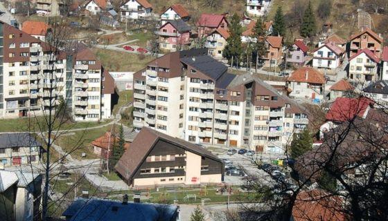 Trosoban stan na Zebinovcu