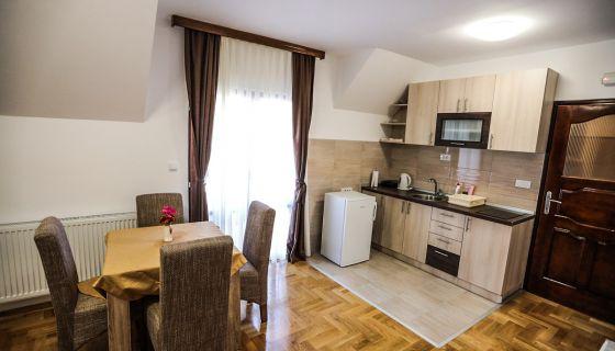 "Apartmani""Jasika"" Zlatar - Apartman 4"