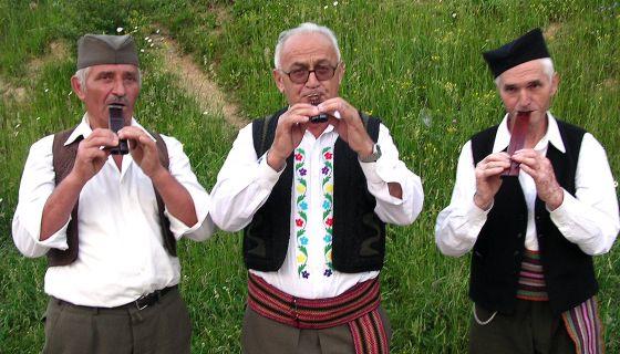 Чобанске јавке са Јавора – свирачи двојница (фото: Д. Гагричић)