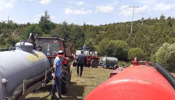 Ред за точење воде из корита Вршевине  (Фото (С. Пауновић)