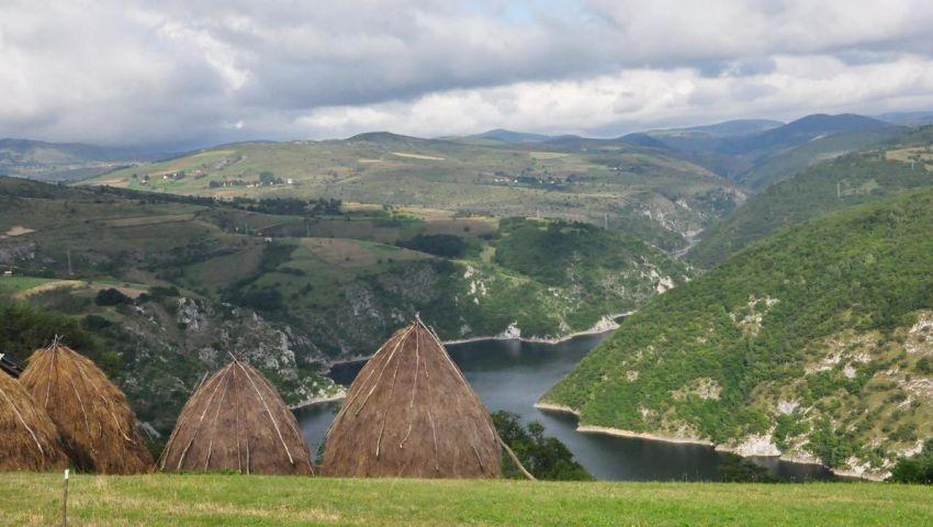 """Etno Domaćinstvo """"Šaponjić"""" Radijevići - Pogled na Uvačko jezero"""
