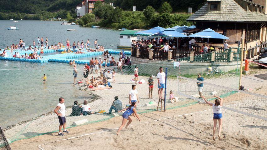 Vizitorski centar Kokin Brod Zlatarsko jezero